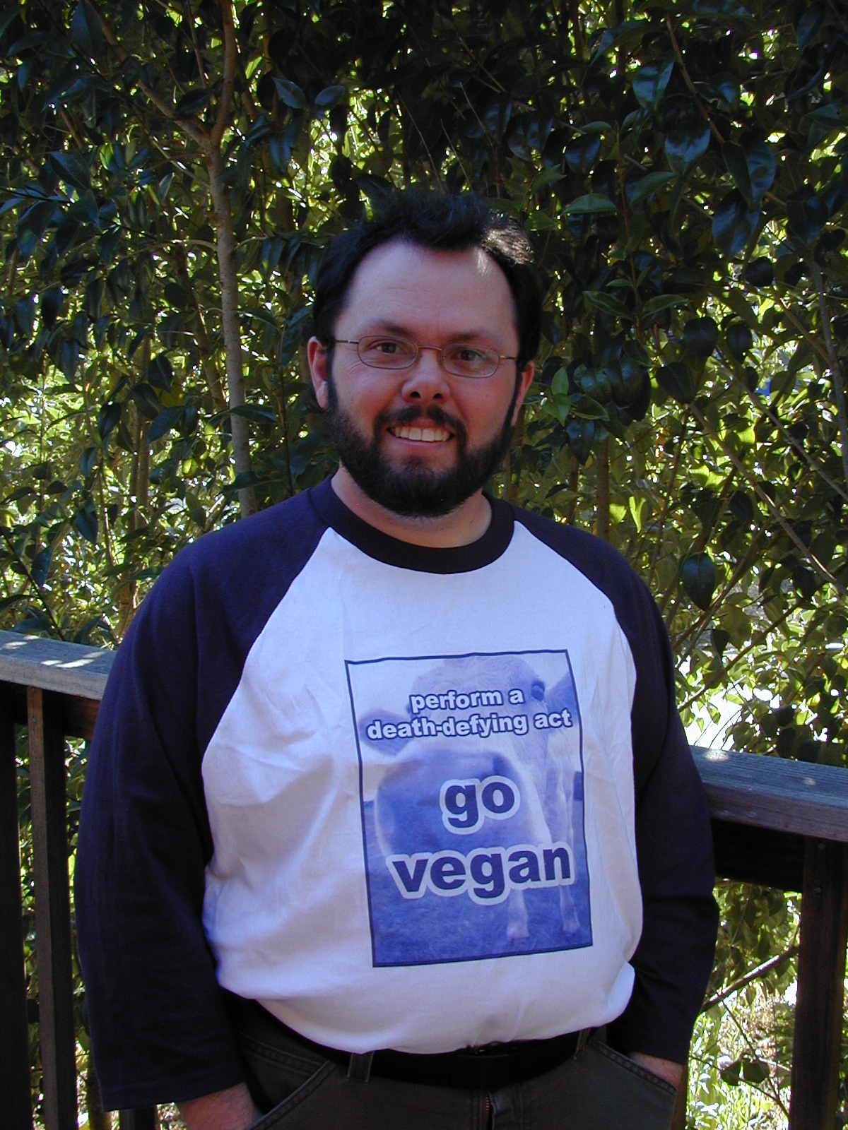 "Blue Cow ""Go Vegan"" Design"